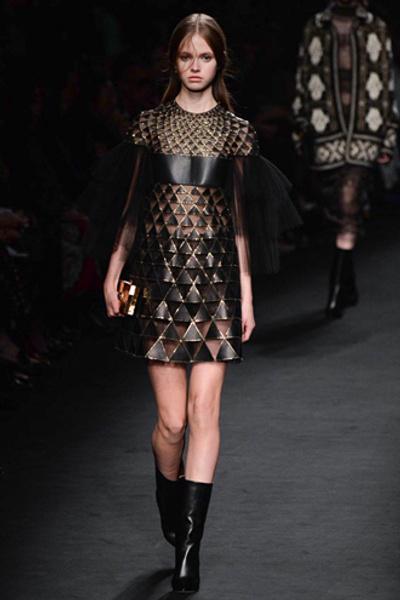 Неделя моды в Париже: показ Valentino ready-to-wear осень — зима 2015-2016 | галерея [1] фото [21]