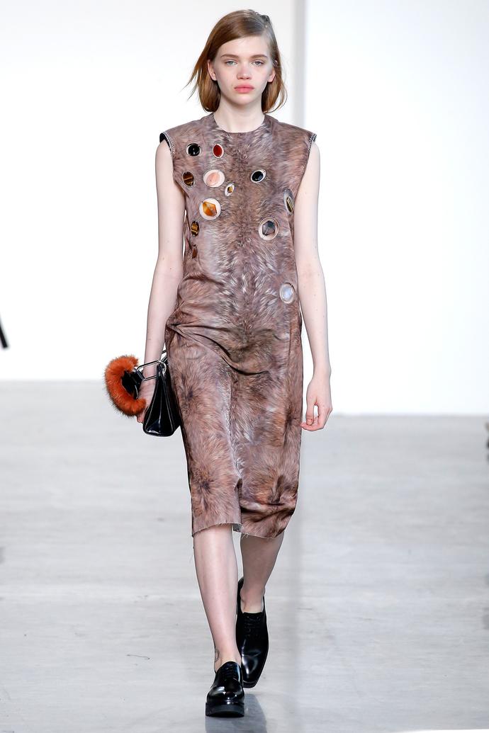 Звезды, мех и камни - все самое интересное на показе Calvin Klein Collection