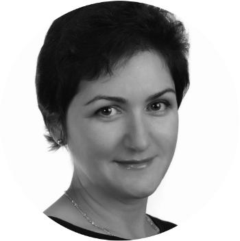 """Нелли Шилов, старший преподаватель Учебного центра """"ОлеХаус"""""""