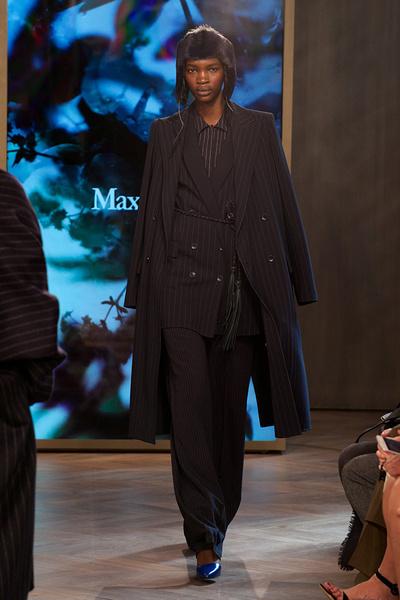 Показ круизной коллекции Max Mara в Лондоне | галерея [1] фото [30]