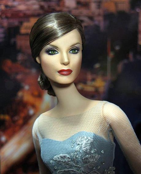 Кукла Барби в образе королевы Испании Летисии