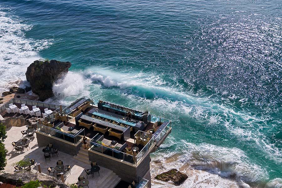 ELLE Inspiration: Rock Bar на Бали