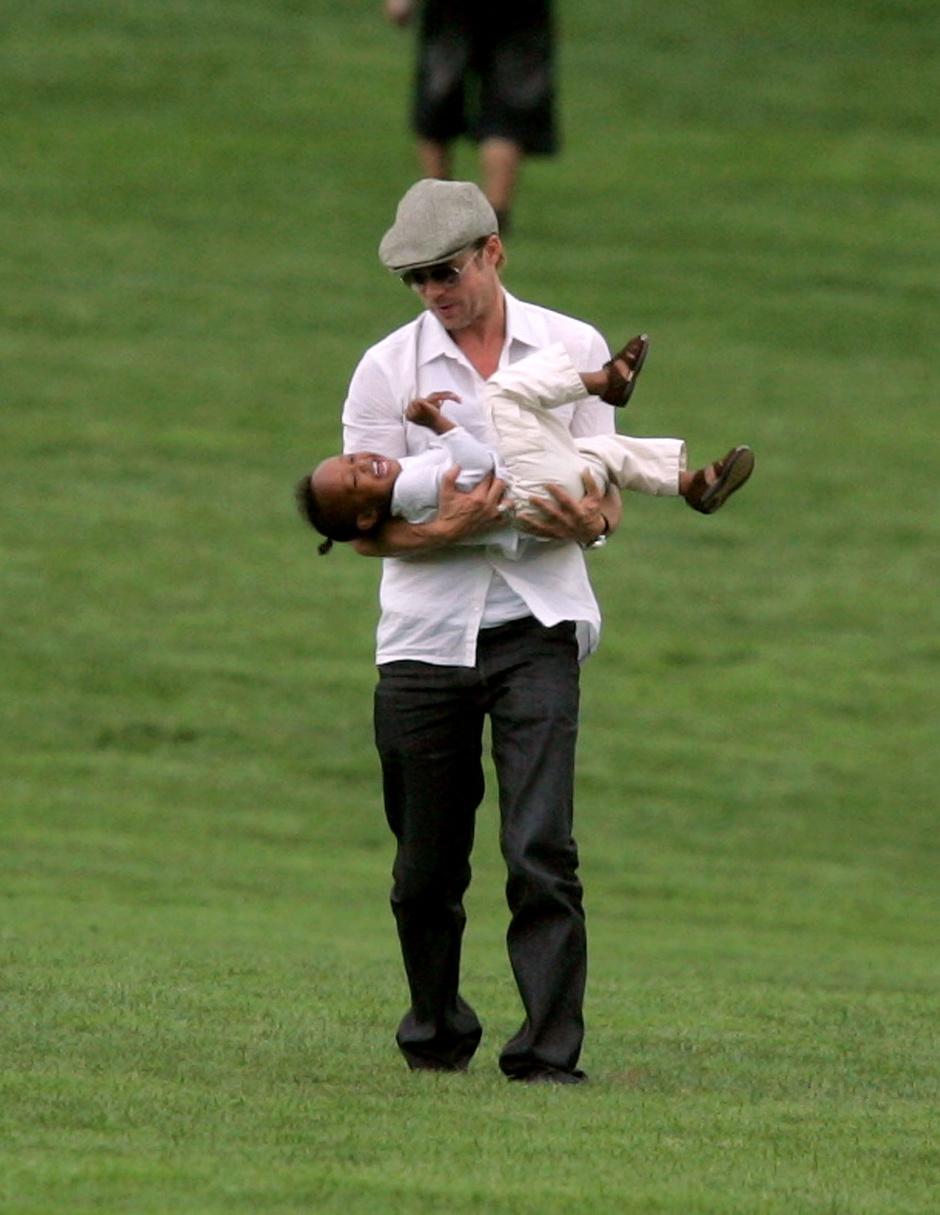 Брэд Питт с дочерью Захарой