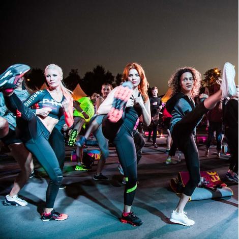 Спортивная хроника: звездные участники тренировок Reebok | галерея [1] фото [13]