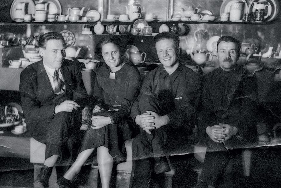 Ева с русскими коллегами