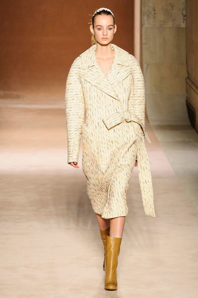 Показ Victoria Beckham на Неделе моды в Нью-Йорке | галерея [1] фото [24]