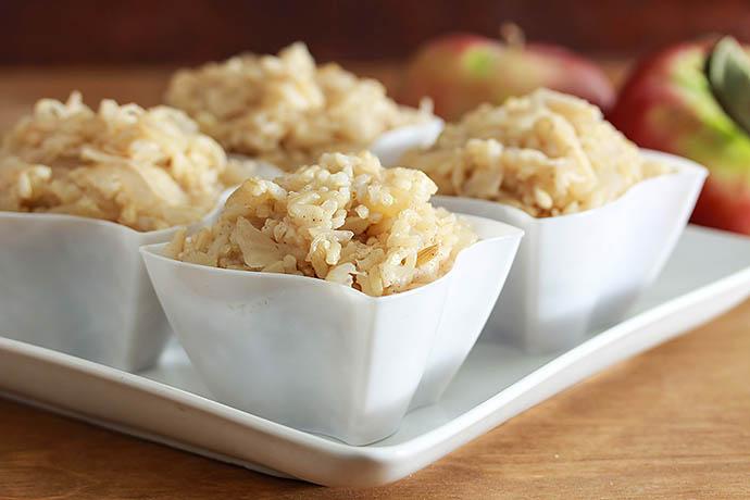 Рис с яблоками и шпинатом