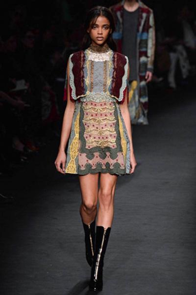 Неделя моды в Париже: показ Valentino ready-to-wear осень — зима 2015-2016 | галерея [1] фото [38]