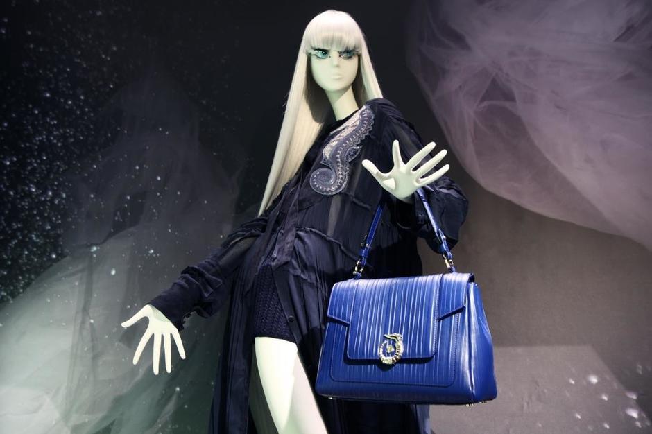 Trussardi представил главную сумку осенне-зимнего сезона