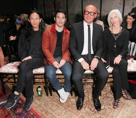 Дом Gucci представил новую круизную коллекцию 2016 | галерея [1] фото [8]