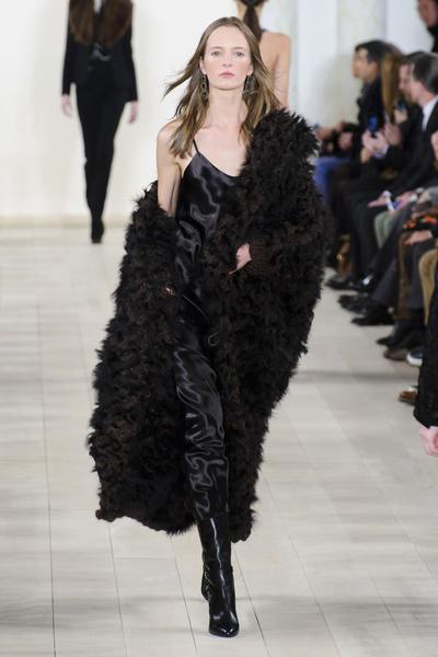 Показ Ralph Lauren на Неделе моды в Нью-Йорке | галерея [1] фото [6]