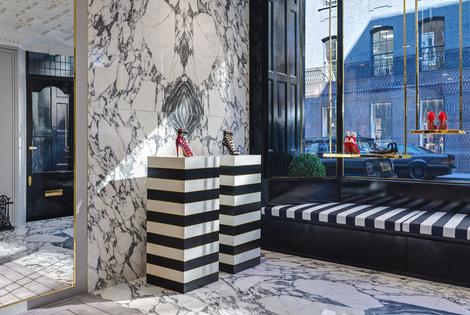В Лондоне открылся первый флагманский магазин Aquazzura | галерея [1] фото [10]