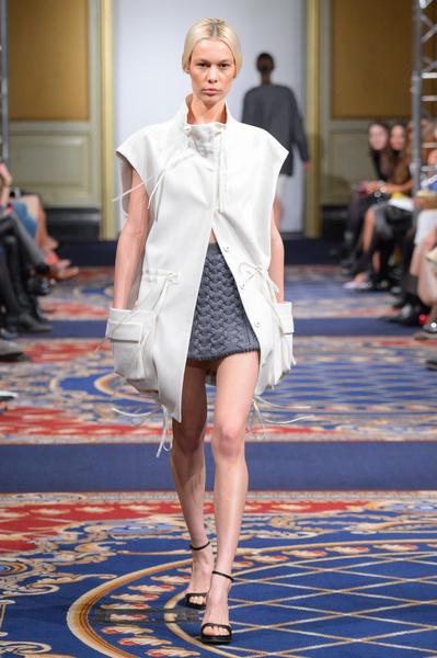 Показ осенне-зимней коллекции Ruban на Mercedes-Benz Fashion Week RussiaПоказ осенне-зимней коллекции Ruban на Mercedes-Benz Fashion Week Russia | галерея [2] фото [21]