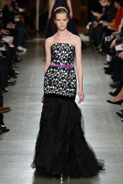 Показ Oscar de la Renta на Неделе моды в Нью-Йорке | галерея [1] фото [4]