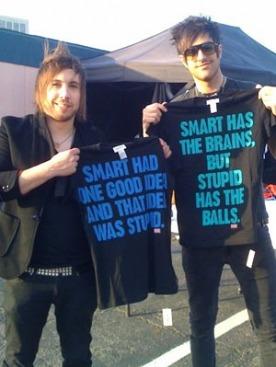 футболки BE STUPID