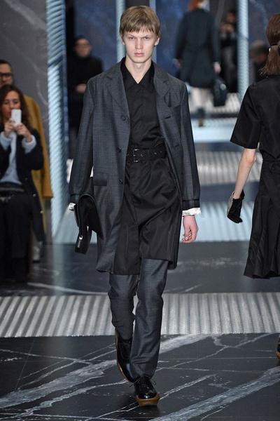 Бренд Prada представил на Неделе мужской моды в Милане сразу две коллекции | галерея [3] фото [14]