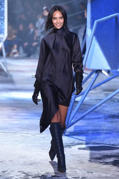 Показ H&M Studio на Неделе моды в Париже | галерея [2] фото [23]