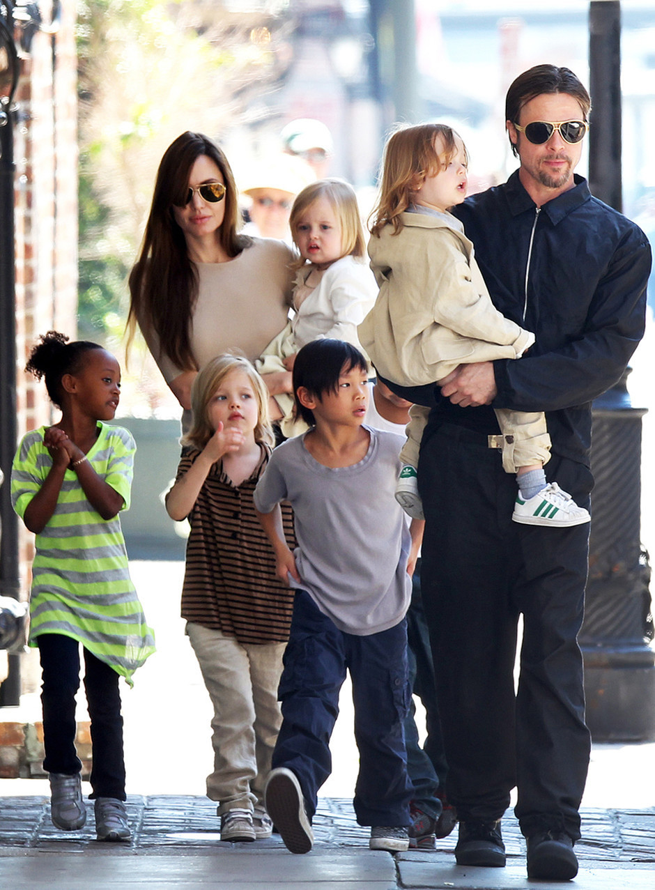 Брэд Питт шокирован действиями Анджелины Джоли в рамках бракоразводного процесса