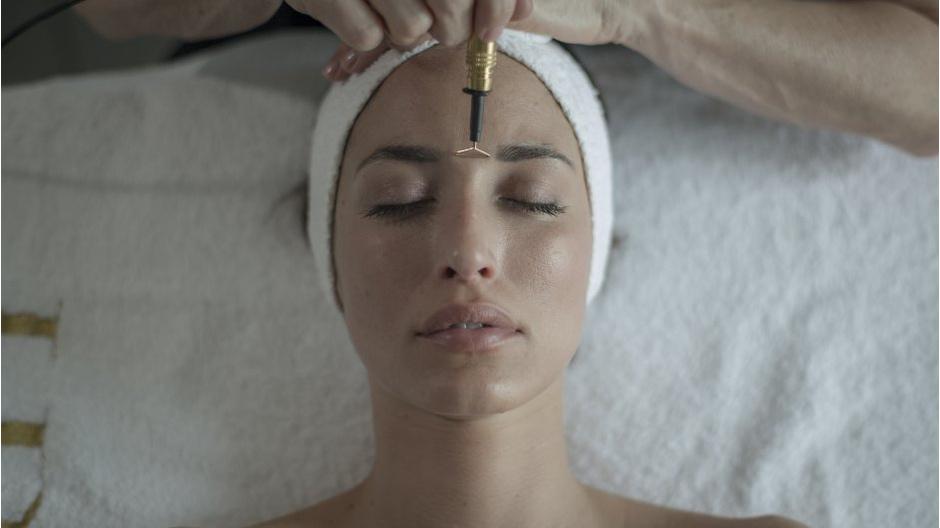 Helena Rubinstein представили новую омолаживающую процедуру Re-Plasty