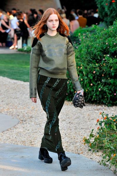 Показ круизной коллекции Louis Vuitton в Палм-Спринг | галерея [1] фото [23]