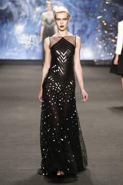 Самые роскошные вечерние платья Недели моды в Нью-Йорке | галерея [3] фото [9]