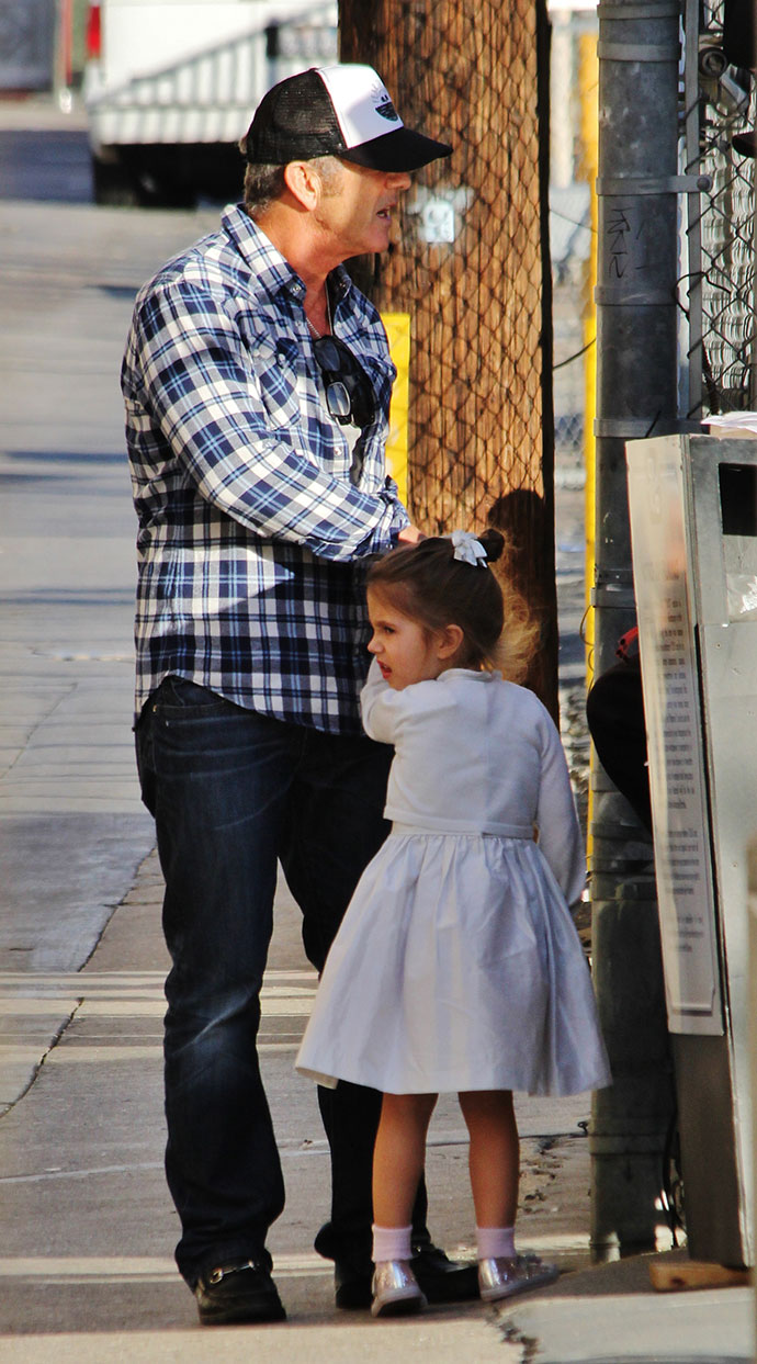 Мел Гибсон с дочкой Люсией