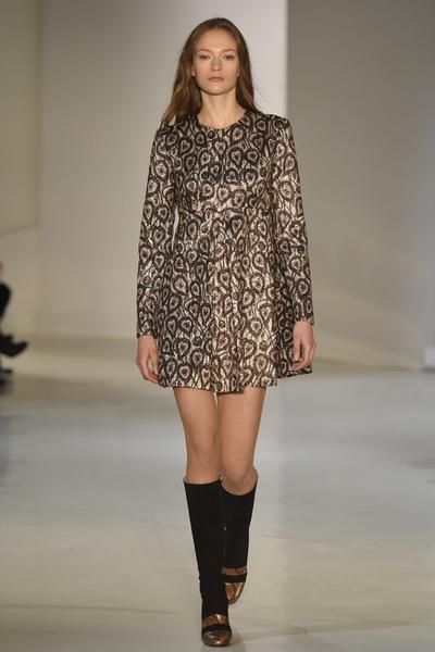 Неделя моды в Нью-Йорке: лучшие показы уикенда | галерея [2] фото [2]