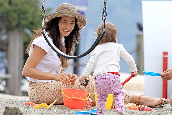 Дженна Деван-Татум с дочкой Эверли