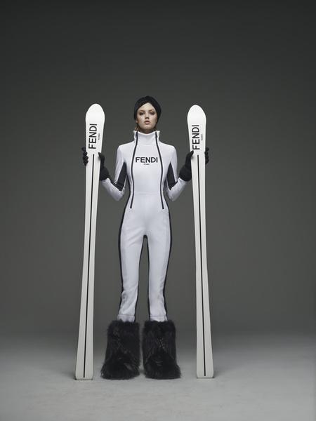 Навострили лыжи: «горнолыжные» коллекции модных домов | галерея [1] фото [8]