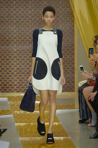 Неделя моды в Милане: день третий   галерея [2] фото [15]