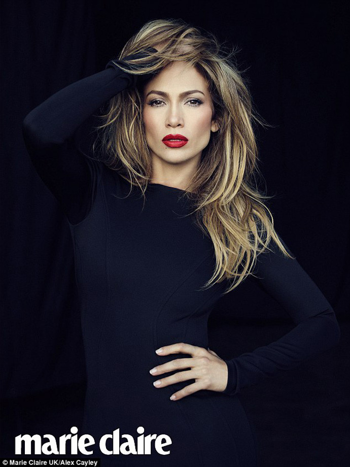 Фотосессия Дженнифер Лопес в лекабрьском выпуске Marie Claire UK