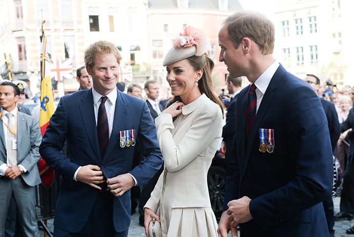 Принц Гарри с принцем Уильямом и Кейт Миддлтон