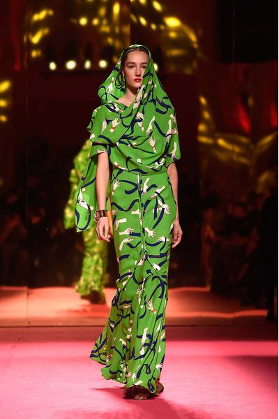 Показ Schiaparelli Haute Couture | галерея [1] фото [10]