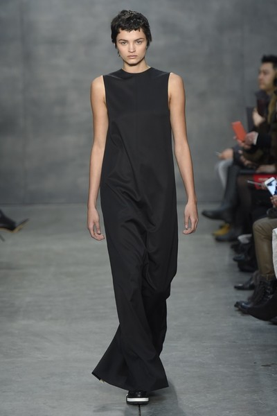 Самые роскошные вечерние платья Недели моды в Нью-Йорке | галерея [4] фото [8]