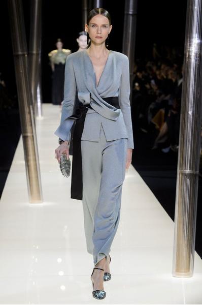 На Неделе высокой моды в Париже прошел юбилейный показ Giorgio Armani Prive | галерея [1] фото [15]