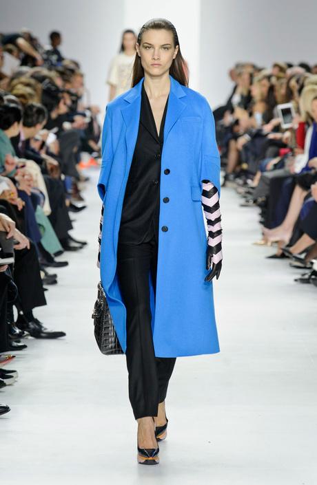 Показ Christian Dior на Неделе моды в Париже