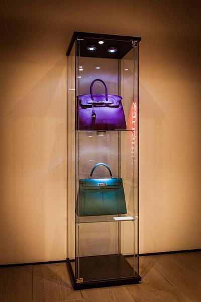 Первая выставка эксклюзивных сумок Hermès и винтажной одежды модных Домов в Москве | галерея [1] фото [5]