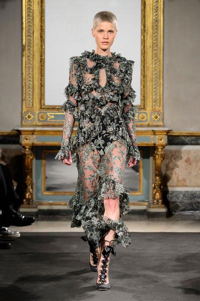 Самые красивые образы Недели моды в Милане | галерея [1] фото [1]