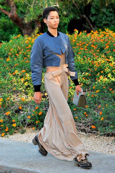 Показ круизной коллекции Louis Vuitton в Палм-Спринг | галерея [1] фото [35]