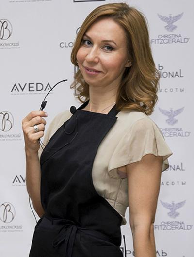 Елена Усанова