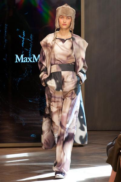 Показ круизной коллекции Max Mara в Лондоне | галерея [1] фото [18]