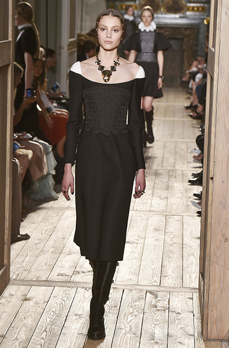 Показ Valentino на Неделе Haute Couture в Париже