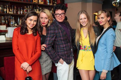 Журнал ELLE представил новый весенний коктейль в баре «Маяковский» фото 2