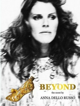 Анна Делло Руссо в рекламе аромата «Beyond. The Scent of Anna Dello Russo».