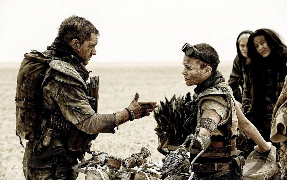 """Трейлер к новому фильму """"Безумный Макс 4: Дорога ярости"""" уже в сети"""