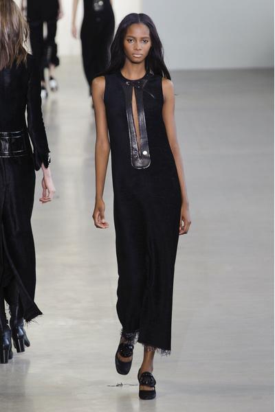 Показ Calvin Klein на Неделе моды в Нью-Йорке | галерея [1] фото [5]