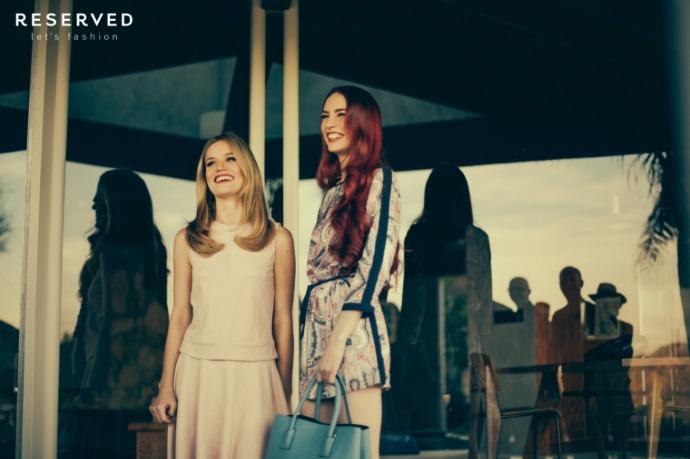 сестры джаггер и джерри холл в рекламной кампании reserved
