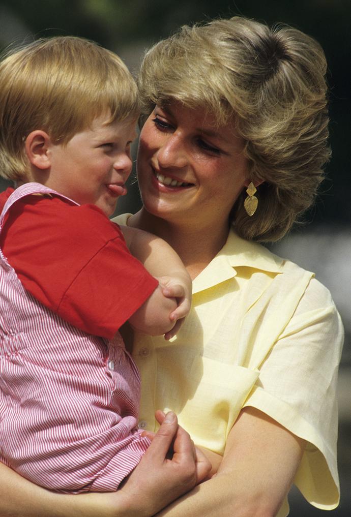 Принцесса Диана с сыном Гарри