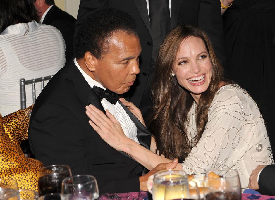 Мохаммед Али и Анджелина Джоли