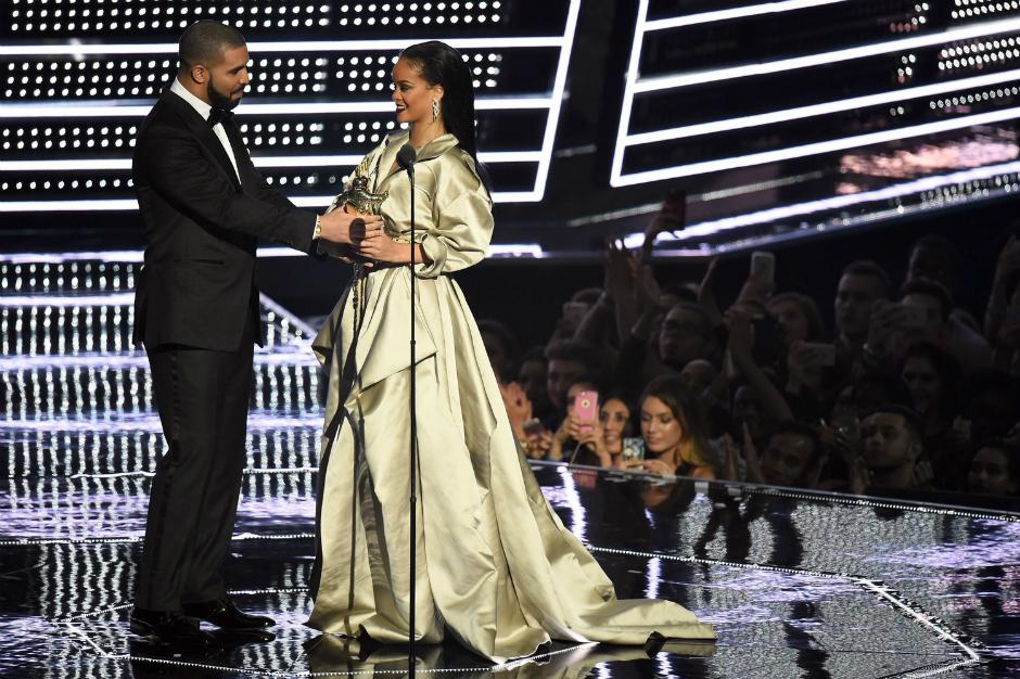 Рианна на церемонии MTV VMA